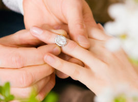 What are Fake Diamond Rings? (9 Tips to Avoid a Fake)